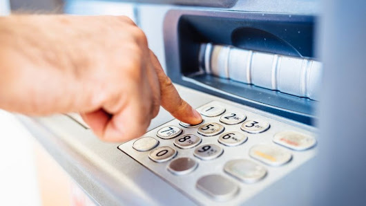 Free ATMs 'must be available across UK'