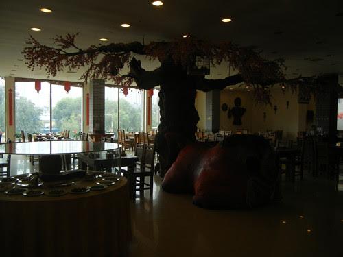 DSCN0133 _ Restaurant, Shenyang, September 2013