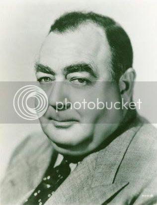 Head shot of Eugene Pallette,