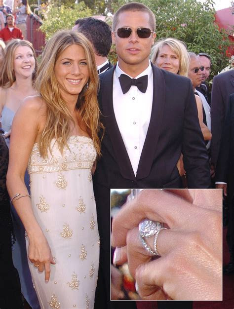 Jennifer Aniston Wedding Dress Brad Pitt   Wedding Dress