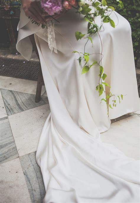 How to Preserve your Wedding Dress: An Expert Guide