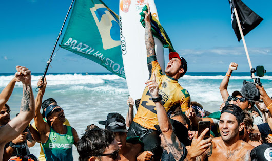 Gabriel Medina champion du monde de surf 2018 - Ride And Slide