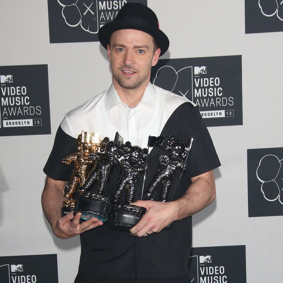 Justin Timberlake : 2013 MTV VMAs photo wenn20600808.jpg