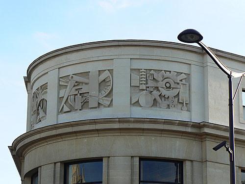 labo de métrologie de Paris.jpg