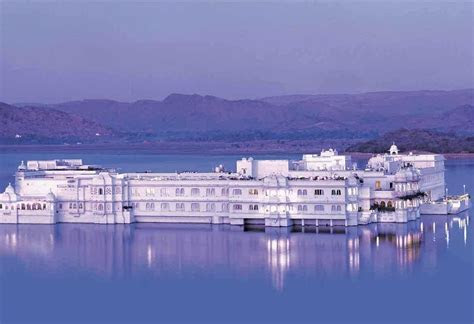 Hotel Taj Lake Palace   Book Luxury Hotel in Udaipur at
