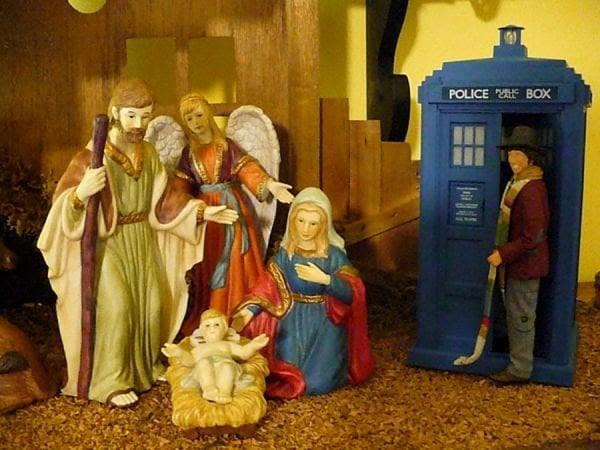 http://technabob.com/blog/wp-content/uploads/2012/11/doctor-who-nativity.jpg