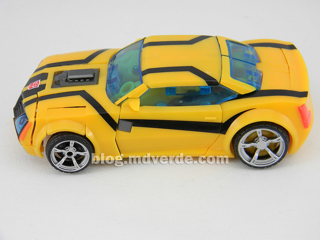 Transformers Bumblebee Deluxe - Prime First Edition - modo alterno