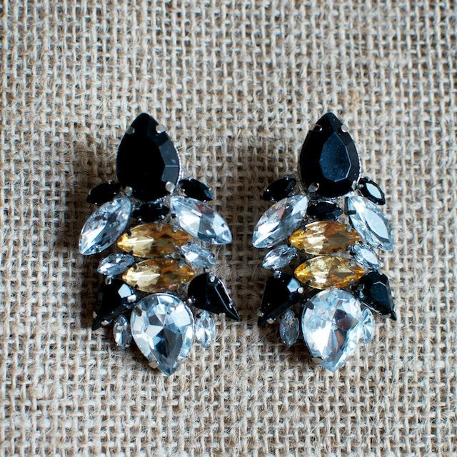 DIY Rhinestone Earrings – Wander & Hunt