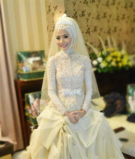 110  Muslim Bridal Wedding Dresses with Sleeves & Latest
