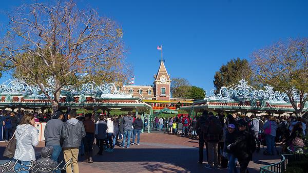 Disneyland Resort, Disneyland, Main Street U.S.A., Christmas Time, Christmas, Time