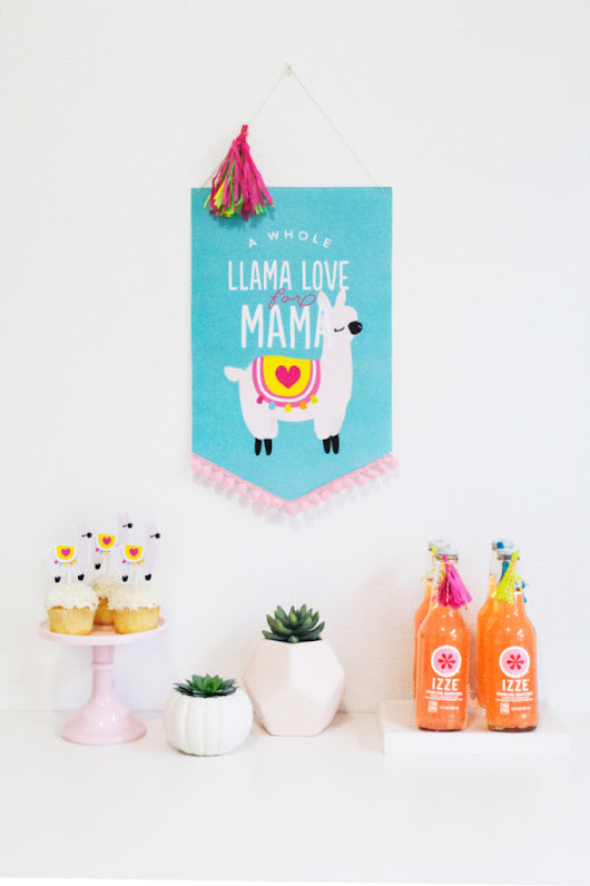Whole Llama Love for Mama - Itsy Belle
