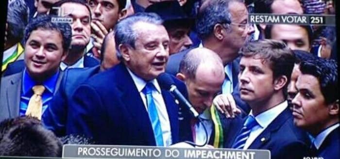 José Reinaldo ignorou os apelos de Flávio Dino e votou contra Dilma