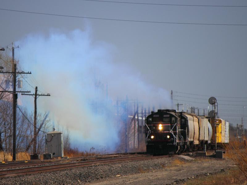CEMR 4001 belching smoke
