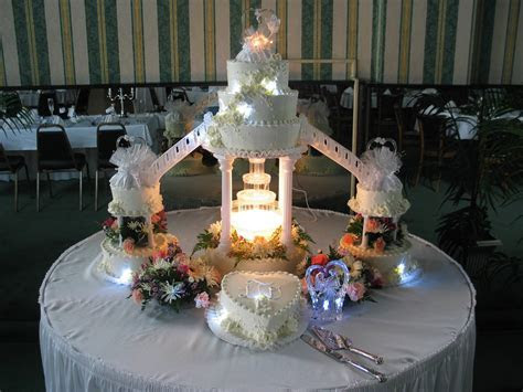 Wedding Cakes With Fountain And Stairs   Food and Drink