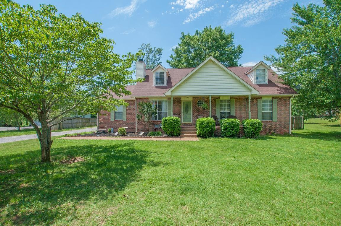 629 Shelley Dr Mount Juliet, TN  For Sale $269,900  Homes.com
