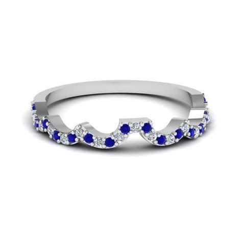 Curved Diamond Wedding Band For Women With Sapphire In 950