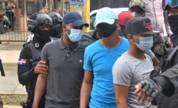 TRIBUNAL APLAZA PARA EL MIÉRCOLES CONOCIMIENTO DE COERCIÓN A POLICÍAS QUE MATARON PAREJA EN VILLA ALTAGRACIA
