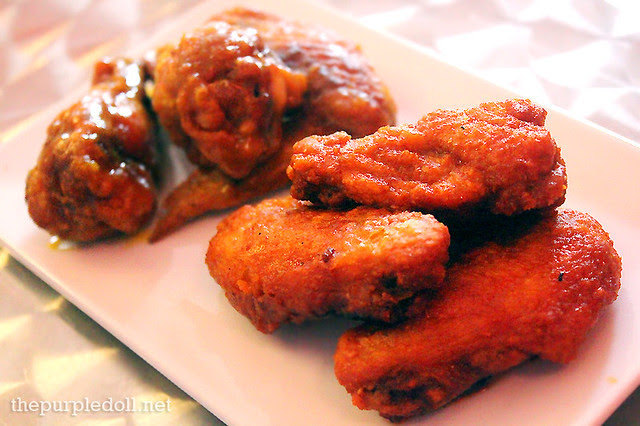 Chicken Wings Buffalo Style and Honey Mustard (P120)