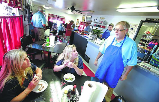Joe's Grill, Darlington celebrate 62 years of friendship