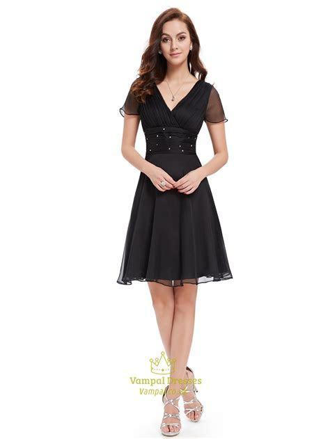 Black Chiffon V Neck Knee Length Bridesmaid Dress With