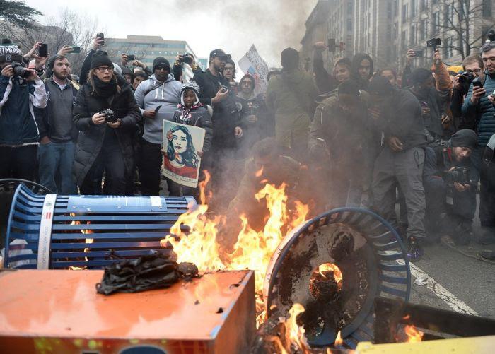 politics-us-inauguration-protest-andrew-caballero-reynolds-afp