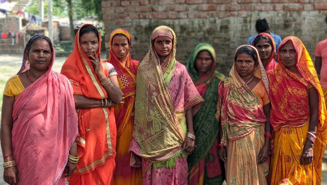 Jeevika workers and women migrant workers from East Champaran. Devparna Acharya