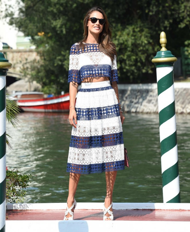 Alessandra Ambrosio out in Venice -12