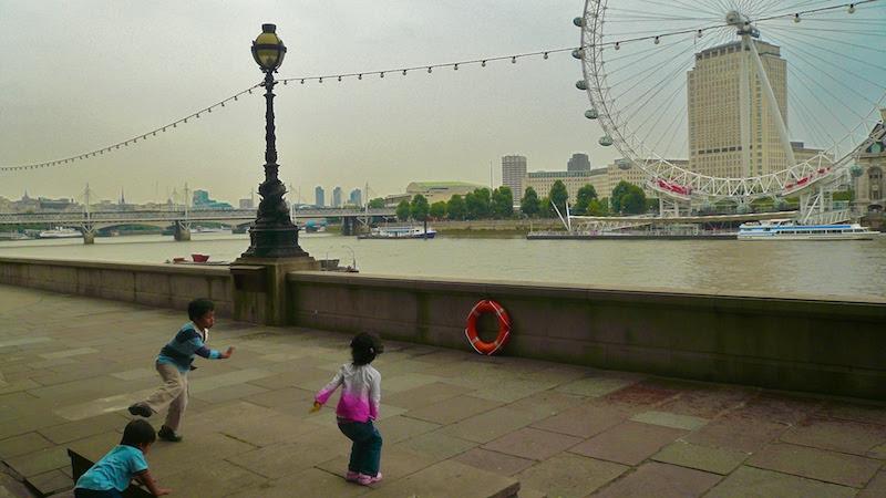 Jumping at the London Eye