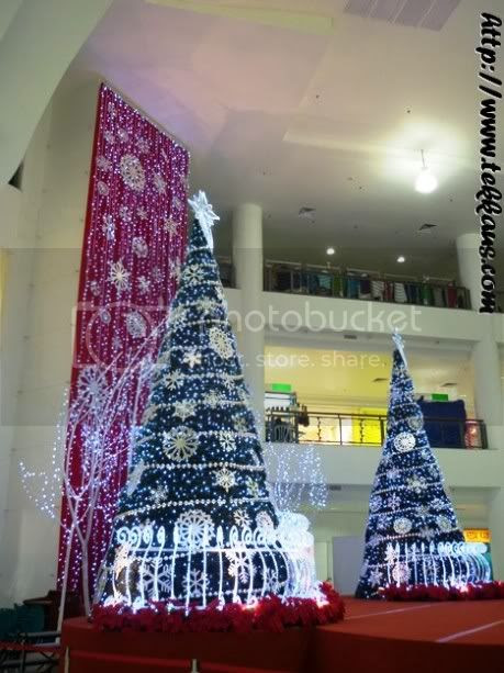 Christmas Decoration Mahkota Parade