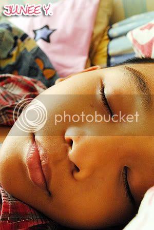 http://i599.photobucket.com/albums/tt74/yjunee/DSC_0019.jpg?t=1254064203