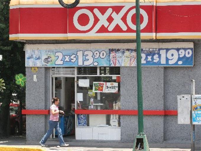 Diariamente, cerca de ocho millones de personas compran algo en estas tiendas de conveniencia. Foto: Archivo Excélsior