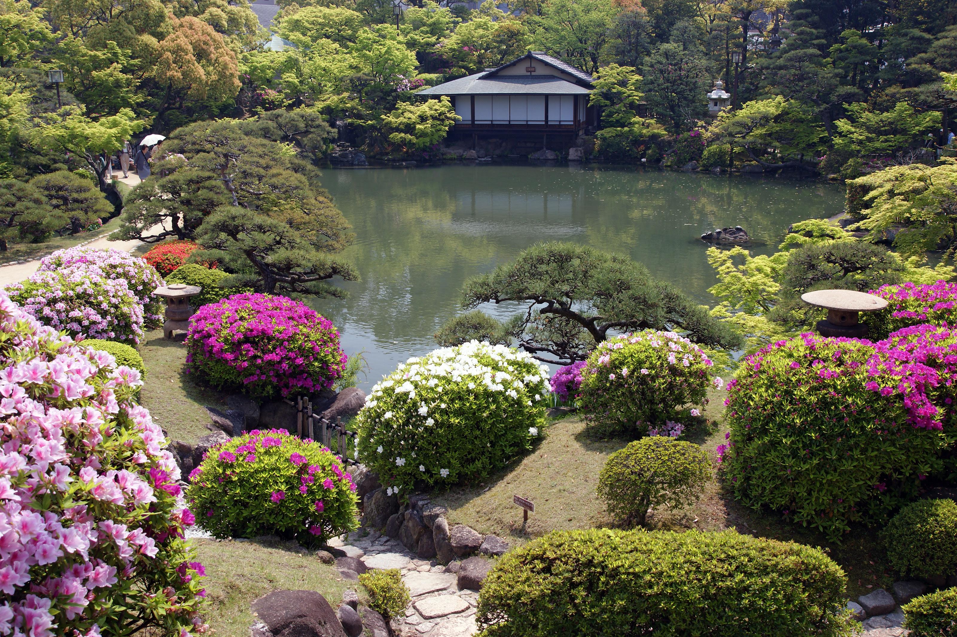 Tradicional jardín japonés en Kōbe.