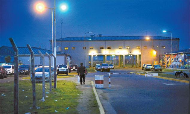 Presídio de segurança máxima Ezeiza, em Buenos Aires, de onde dois brasileiros fugiram no dia 20