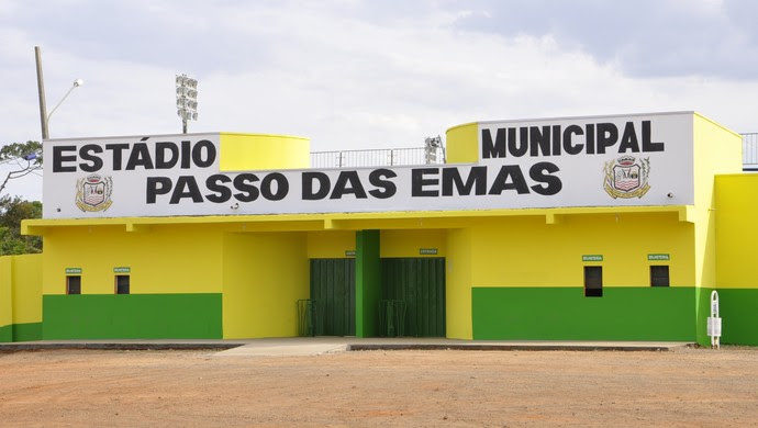 Estádio Passo das Emas em Lucas do Rio Verde (Foto: Robson Boamorte)