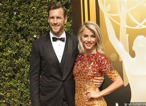 Julianne Hough Is Married ? See Her First Wedding Pic With
