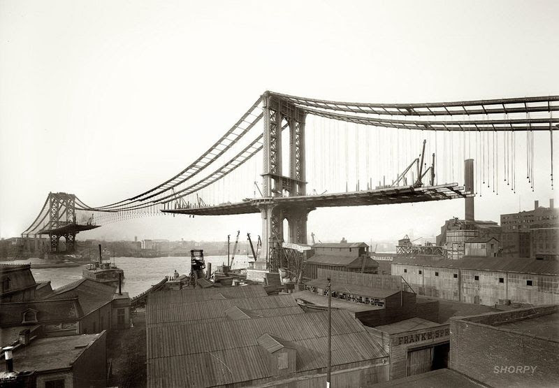 Manhattan Bridge as seen from Brooklyn 1909.