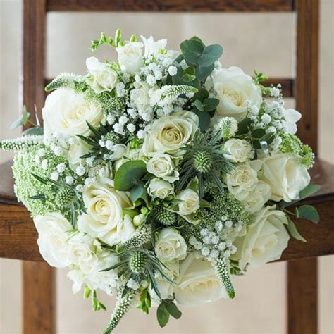 White Roses   Luxury White Roses Bouquets   Appleyard Flowers