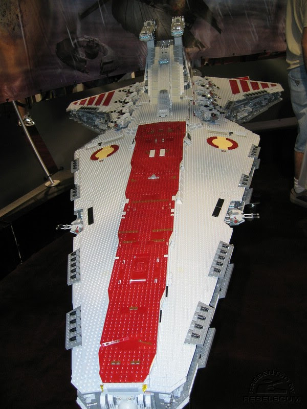 Huge Lego Star Wars Ship (Via Digg)