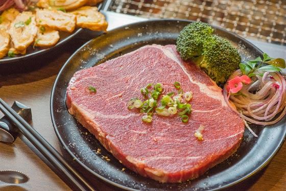 赤牧日式炭火燒肉/燒烤/吃到飽/牛排/牛肉
