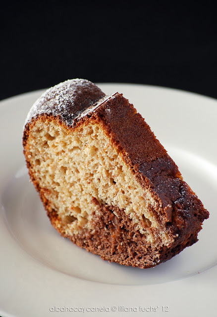 Spelt cocoa cake