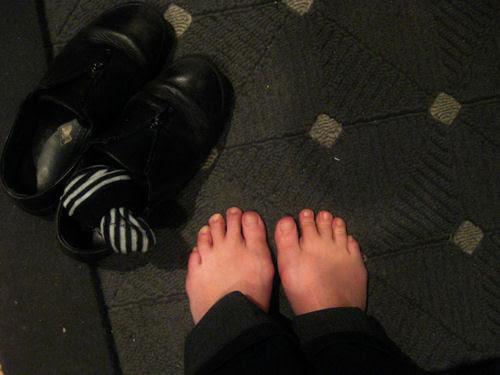 365-17 :: feet