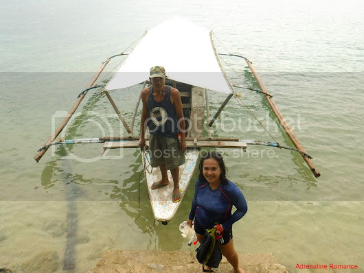 Island Hopping Around Nueva Valencia: A Pleasant Adventure for the Starry-Eyed Couple