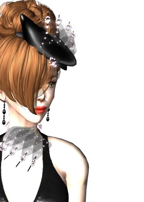 25 Linden OoEas! Hat & Necklace