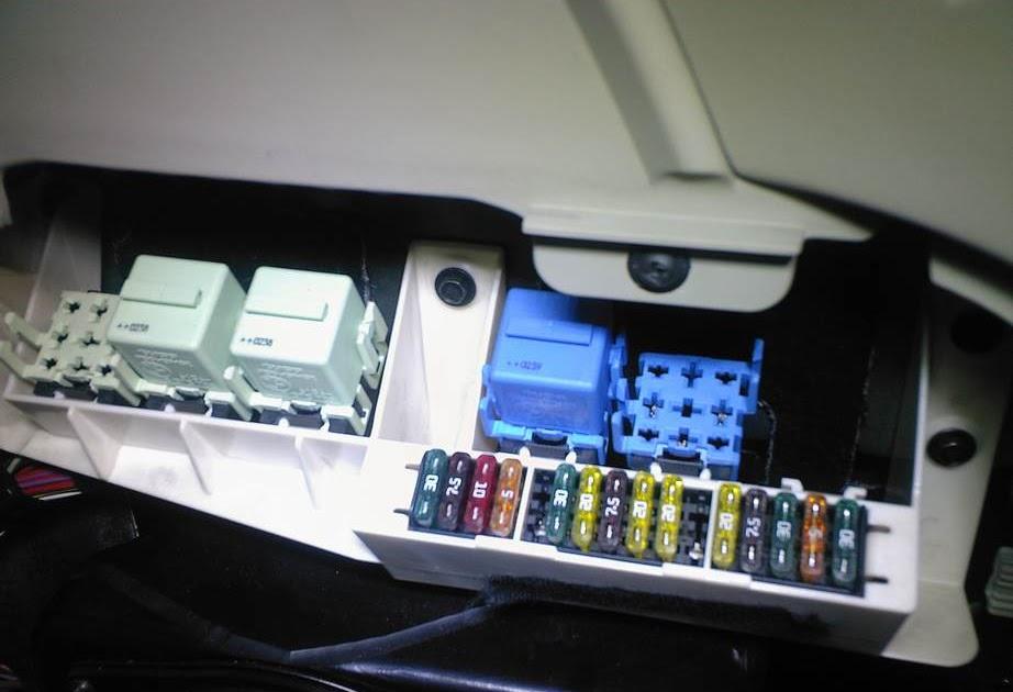 29 2001 Bmw 525i Fuse Box Diagram