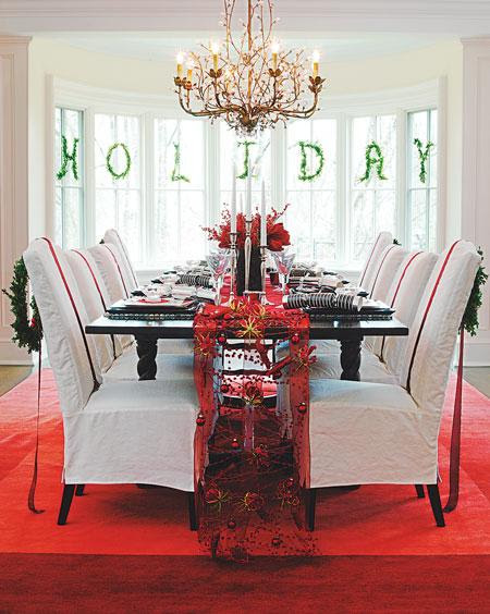 15 Christmas Chair Decorating Ideas | Shelterness