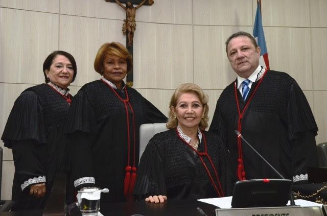 Os desembargadores Cleones Cunha, Maria das Graças Duarte e Anildes Cruz foram eleitos por aclamação