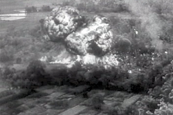 http://upload.wikimedia.org/wikipedia/commons/thumb/8/81/French_indochina_napalm_1953-12_1.png/250px-French_indochina_napalm_1953-12_1.png