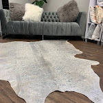 Real Leather Cowhide Silver Metallic On White 5' x 8' (appx.) / Silver Metalic on White