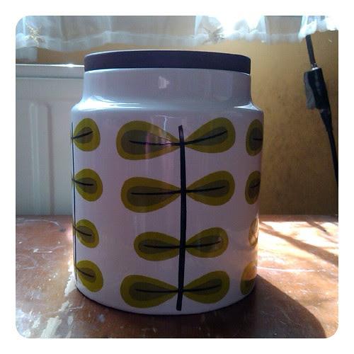 Tea jar?