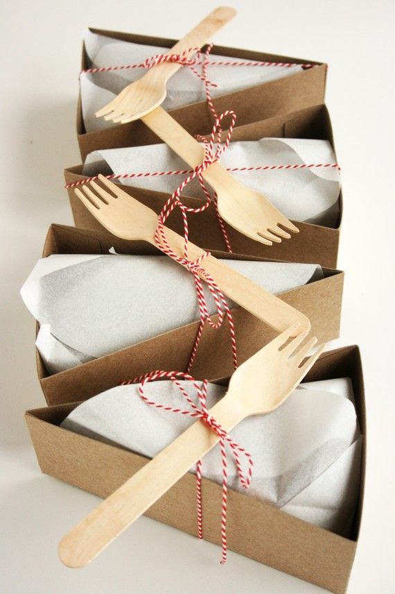 love this idea! wedding cake to-go? xo